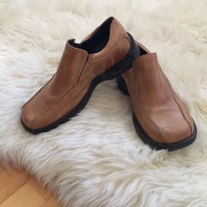 **MENS Hush Puppies Leather Slip On Shoes